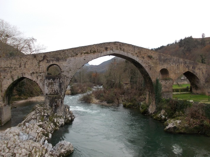 Roman bridge over the Sella river.
