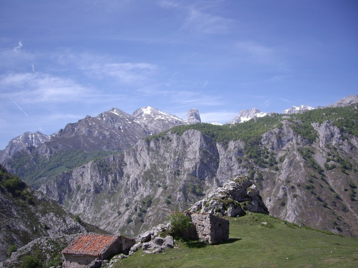 Mountain views in Asturias, Castilla León and Cantabria.