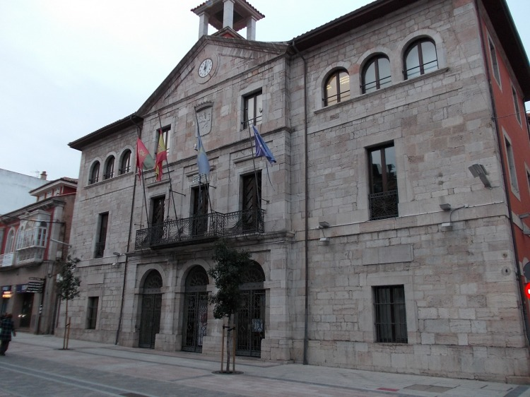 Llanes Town Hall.